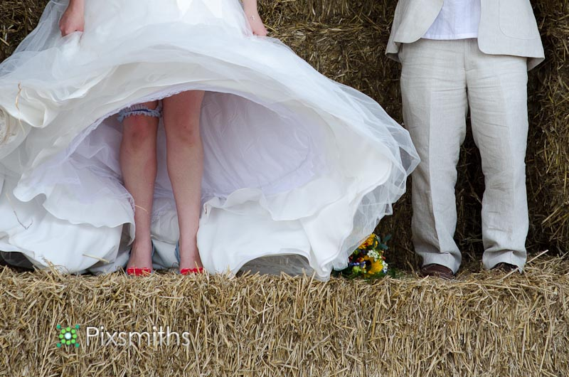 Amy and Ian_Wirral Farm Wedding (8)