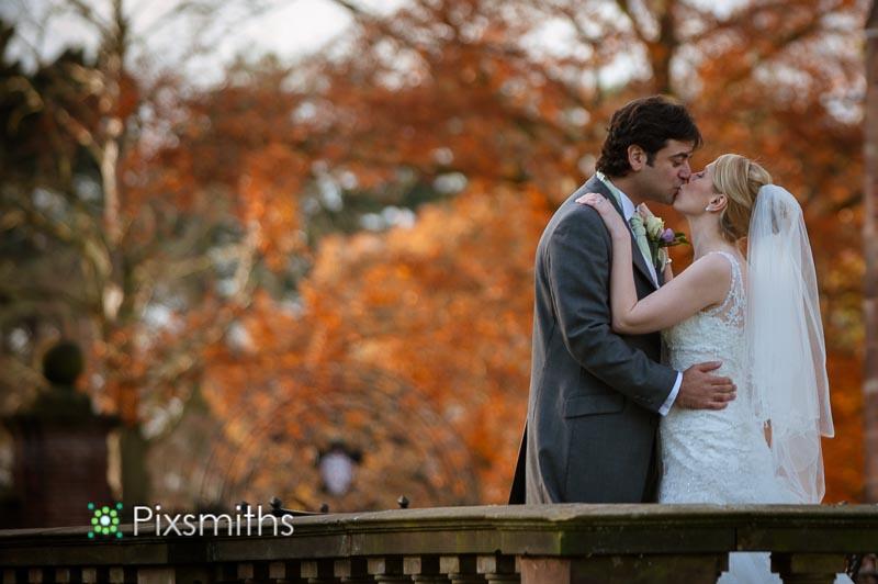 autumnal Inglewood Manor wedding photography