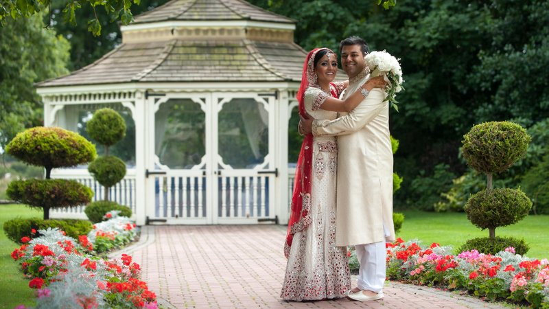 Thornton Hall Asian Wedding: Biya and Irfan