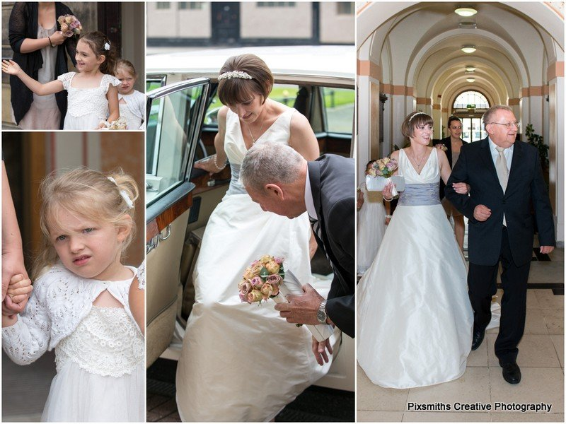 Bride arrival for Wallasey Town Hall wedding