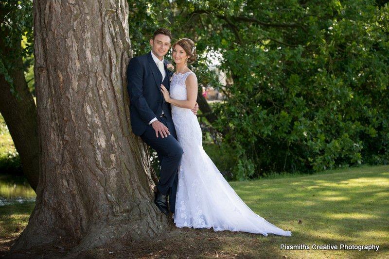 Thornton Manor Wedding Photographer: Jill and Anthony