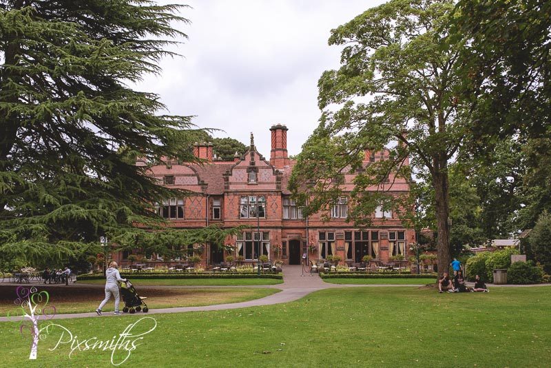 Oakfield Manor Chester Zoo