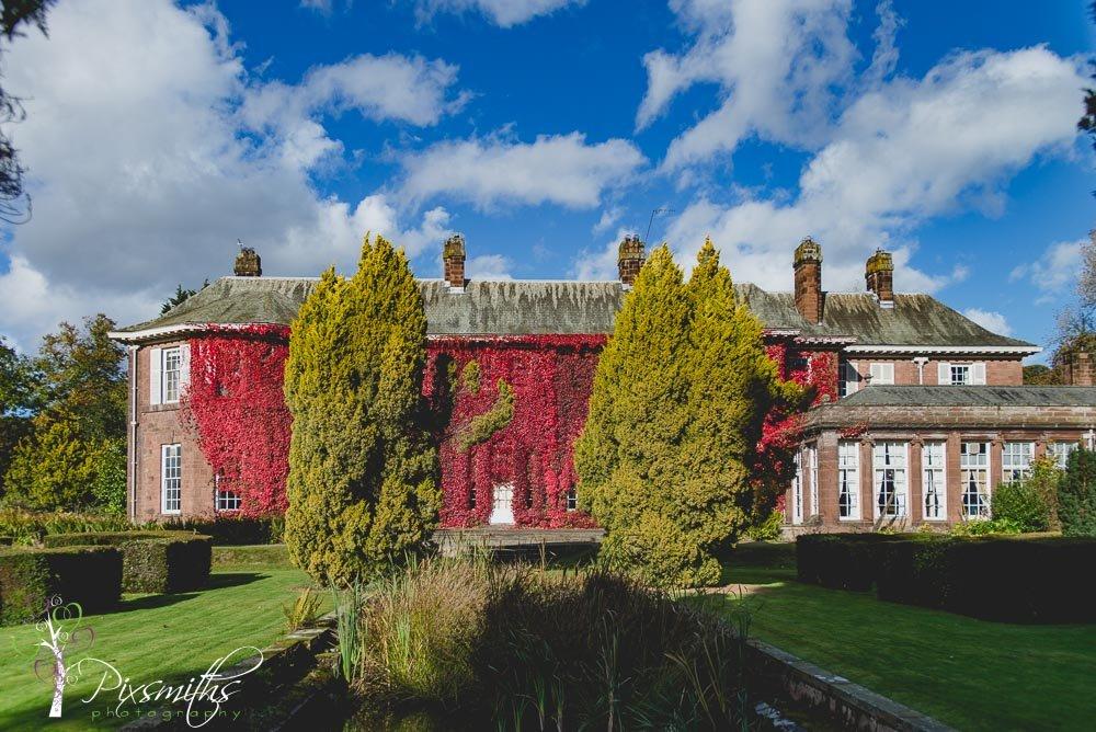 002_larsen_burton-manor