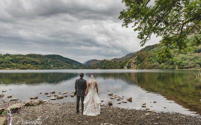 Llyn Gwynamt Barn Wedding: Phil & Helen