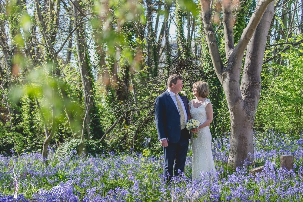 Hoylake wedding photography: John & Sarah