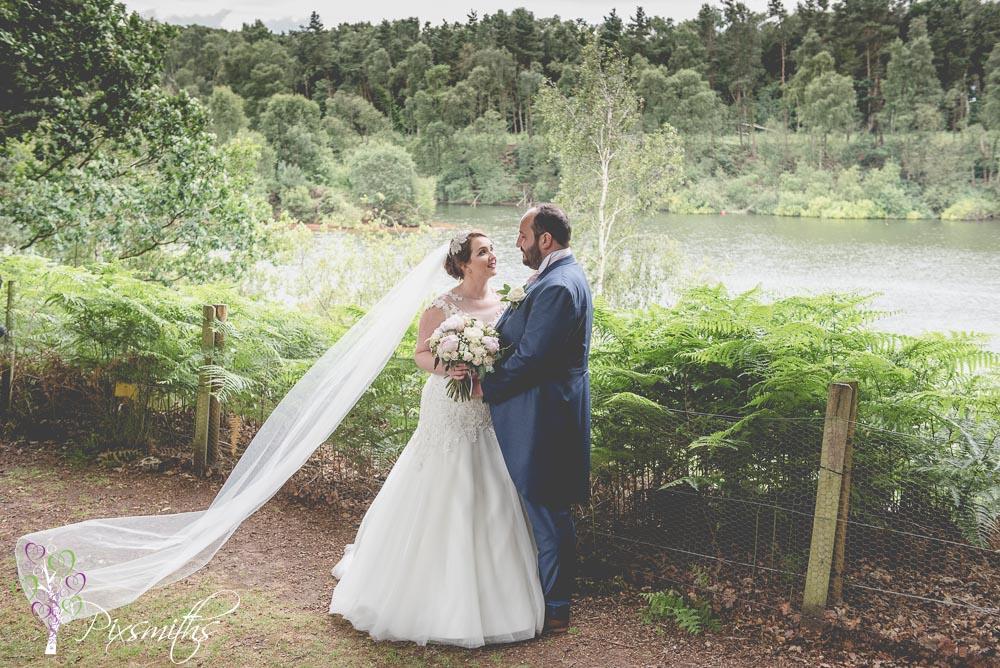 Nunsmere Hall Wedding Photographer: Libby and Chris