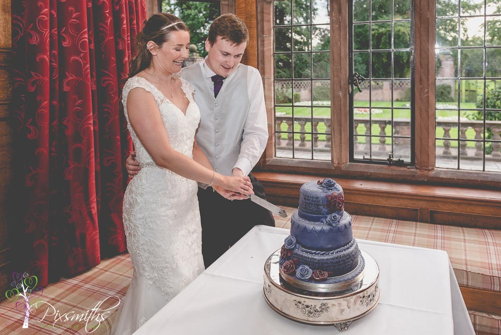 cake cuttign at Inglewood Manor