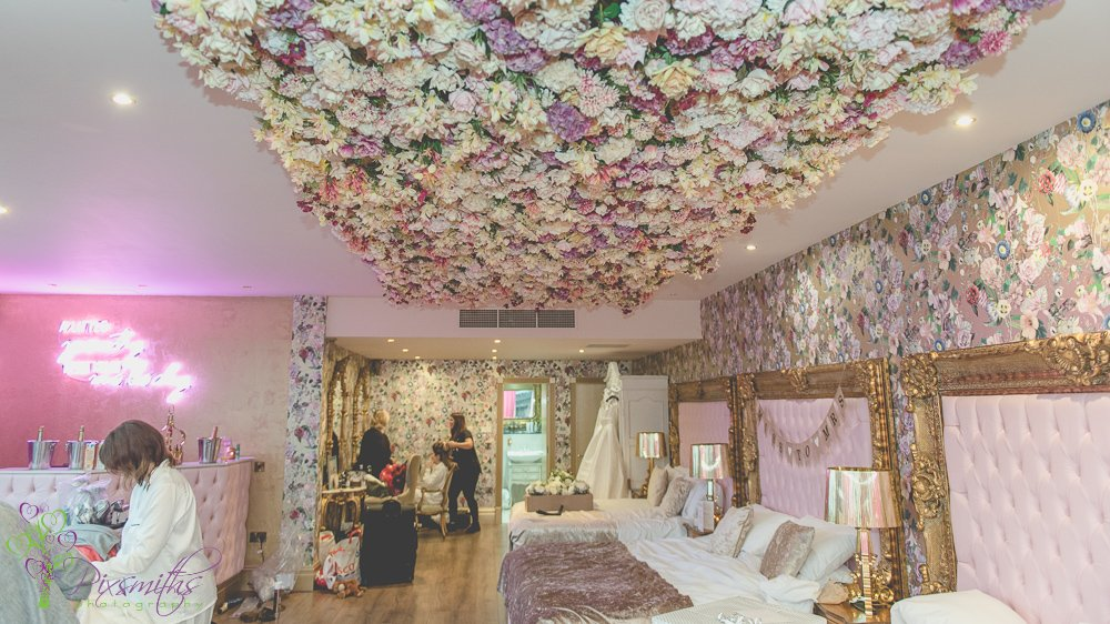 Garden of Eden suite Bridal prepaations