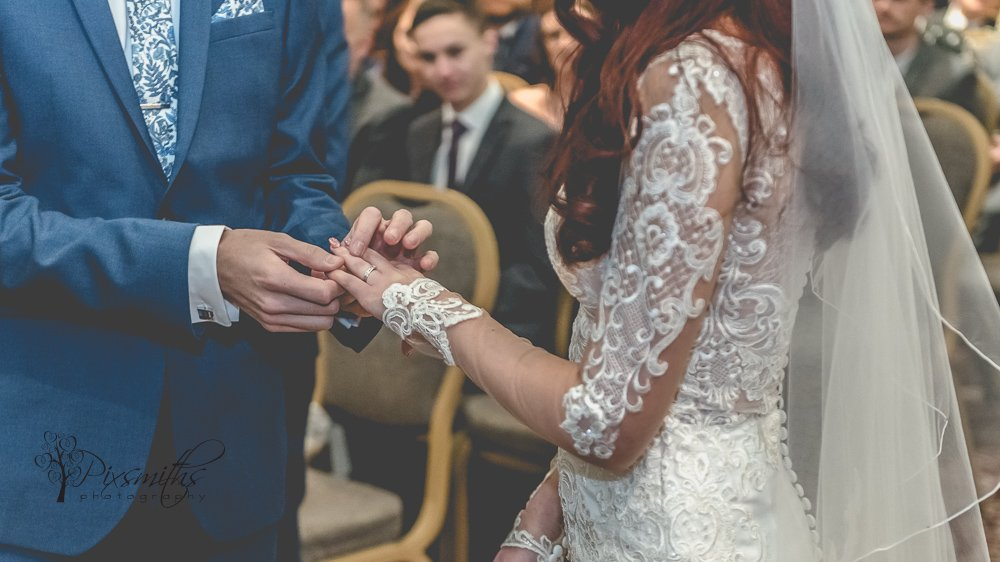 wedding vows , St Georges Hall , Liverpool wedding photography