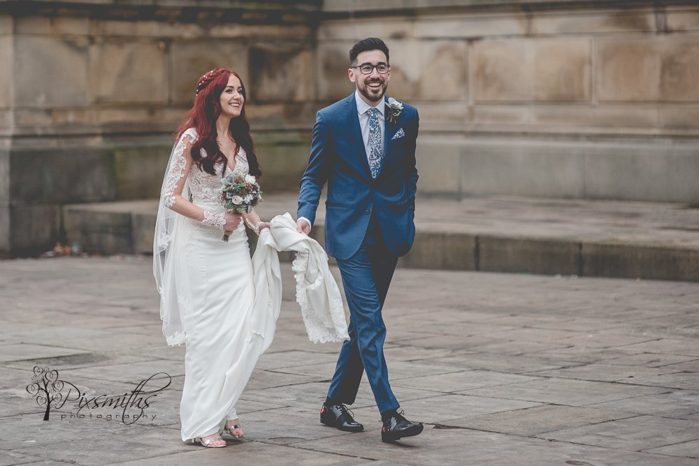 Liverpool Wedding Photography: City Centre Ceremony & Siren Reception