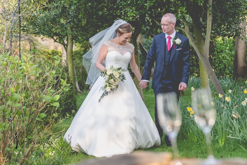 spring Mere Brook House wedding portraits