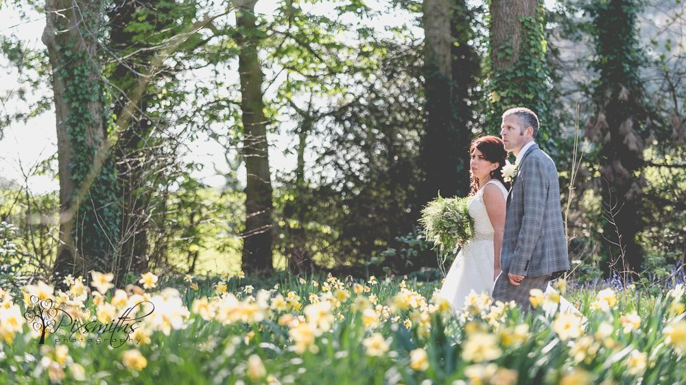 outdoor spring wedding Inglewood Manor weddign photography