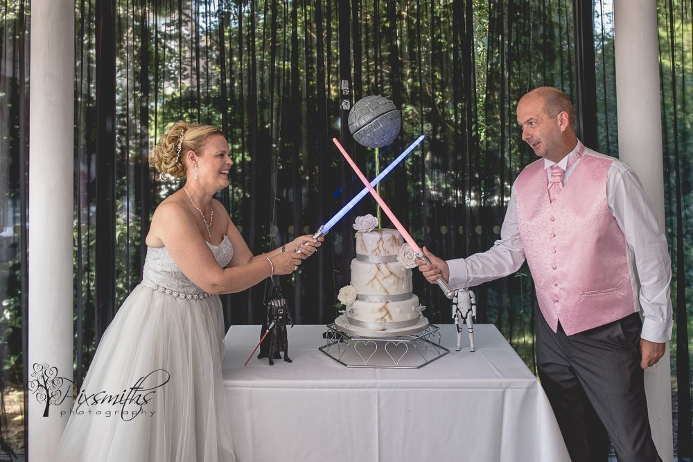 star wars themened cake