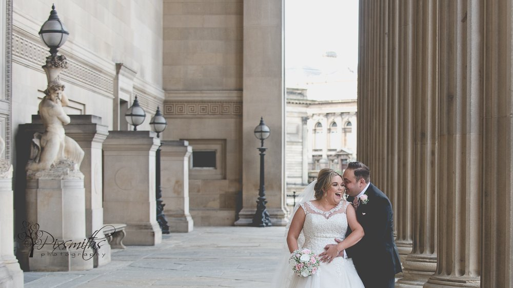 Intimate Liverpool Wedding: St Georges Hall