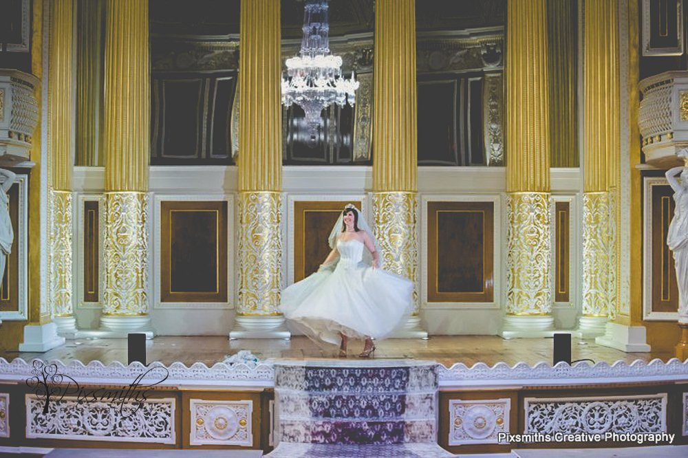 bride in concert room St Georges Hall