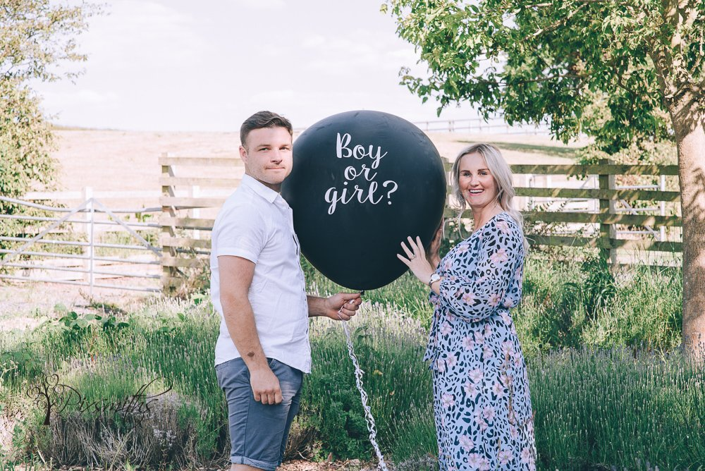 gender reveal balloon, Wirral lifestyle shoot