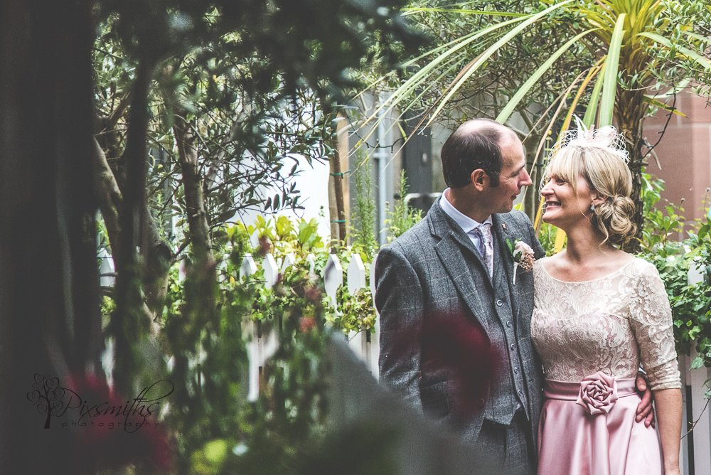 secret garden Oddfellows Chester weddign photography